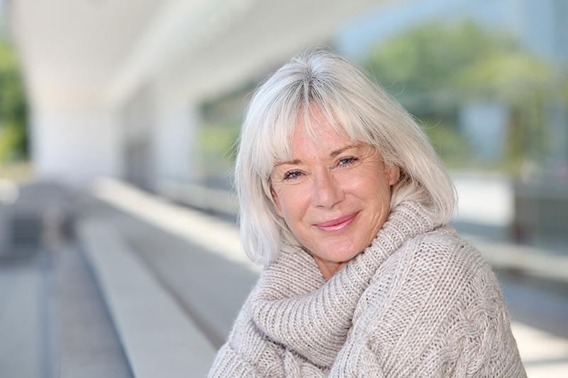 older female glaucoma patient
